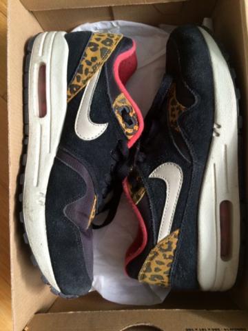Продам в Берлине оригинальные кросовки Nike Air Max