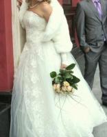 Продам или сдам в аренду свадебное красивое платье с шубкой!