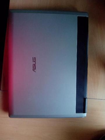 Laptop Asus, почти как новый