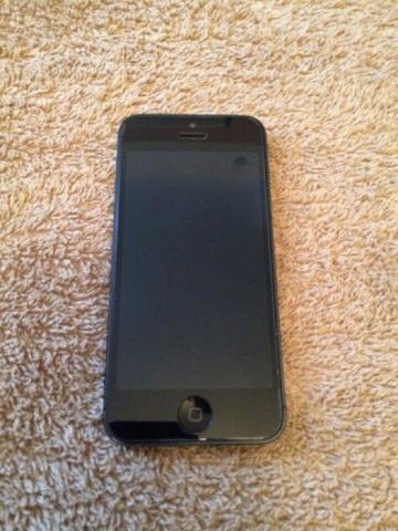 IPhone 5 32gb neverlock идеал, новая батарея!!