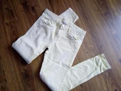 Продам белые брюки в отличном состоянии