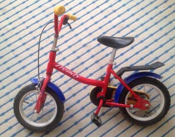 велосипед для  маленьких гонщиков