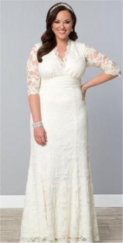 кружевное свадебное платье продам в Берлине