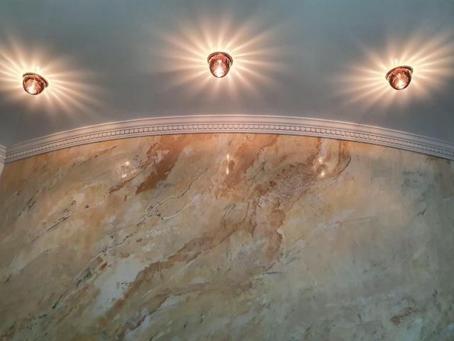 натяжные потолки и декоративная шпаклёвка в берлине и по всей германии
