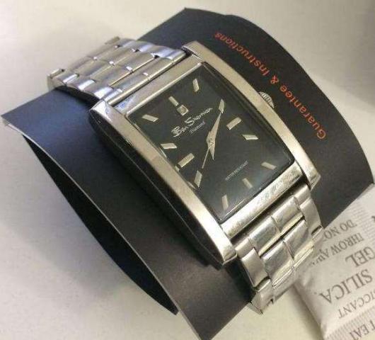 Подарю наручные часы