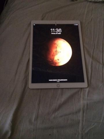 Продам iPad Pro 12.9 в идеальном состоянии.
